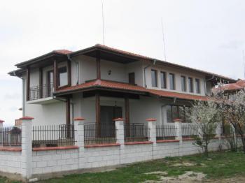 Houses for sale near Balchik